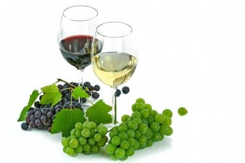 Clear Long Stem 2 Wine Glass With Blue Green Grapes