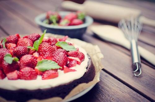 Strawberry Brownie Cake